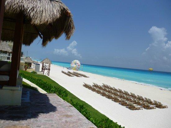 Paradisus Cancun:                   Zona de Playa