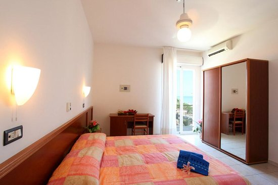 Photo of Hotel Poseidon Tortoreto