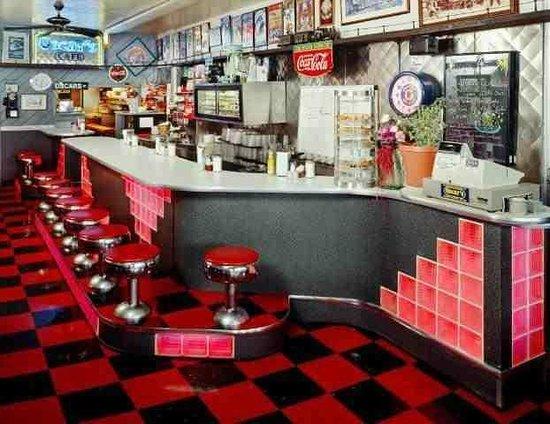 Oscar's Cafe: Our Cafe