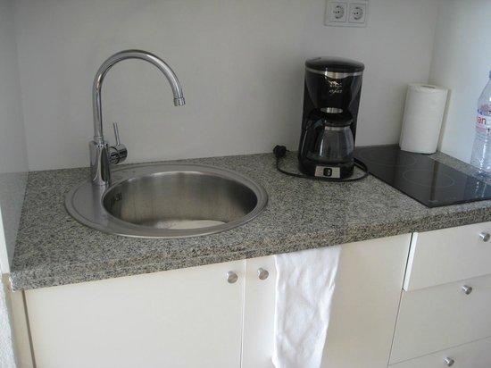 Sunwing  Arguineguin Seafront:                   Kitchen