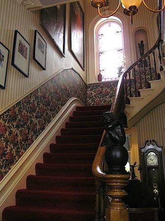 Hughson Hall照片