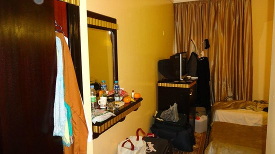 Zomurd Kartaj:                                     Room another view
