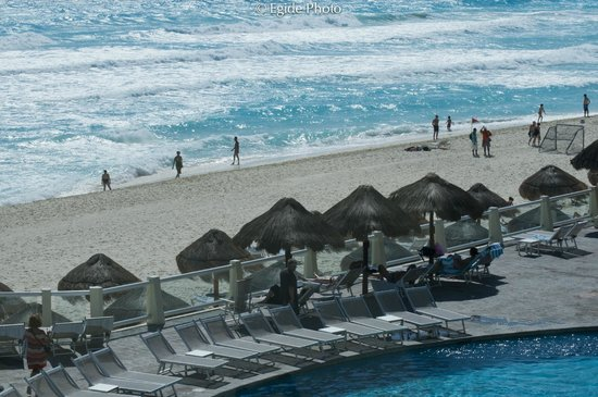 Paradisus Cancun:                   Perfect beach...