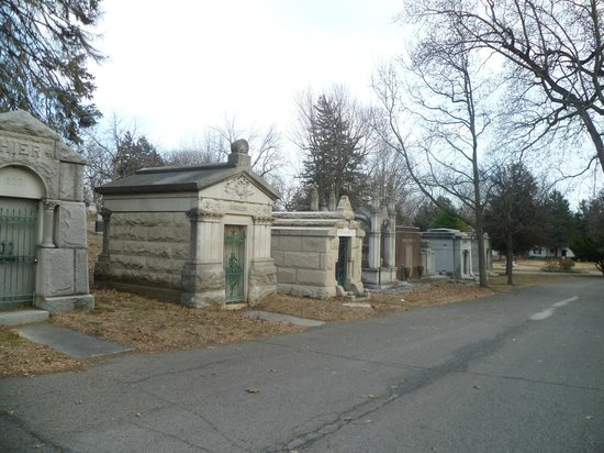 Mount Mora Cemetery:                   Mausoleum