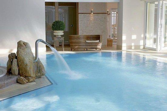 Das Mühlbach - Thermal Spa & Romantik Hotel: Unser Thermal Spa, Innenbecken