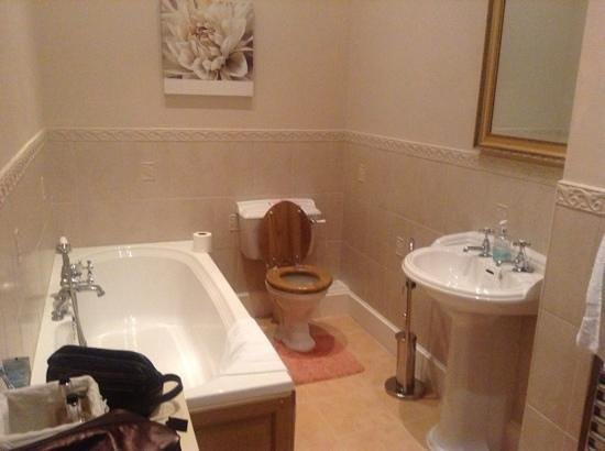 Mellington Hall Hotel:                   The bathroom, shower cubicle is behind the camera position
