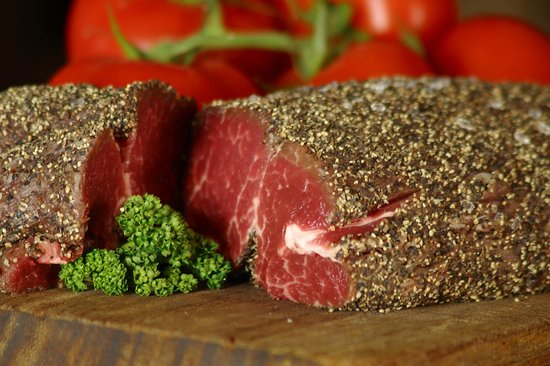 The Froize Freehouse Restaurant: Suffolk 'peppered' steak.