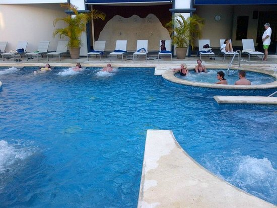 Sandos Playacar Beach Resort:                   Part of the Spa
