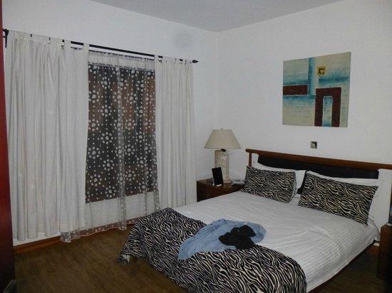 Wasini All Suite Hotel:                   Main bedroom