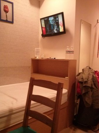 Causeway Bay Inn:                                     room no 2