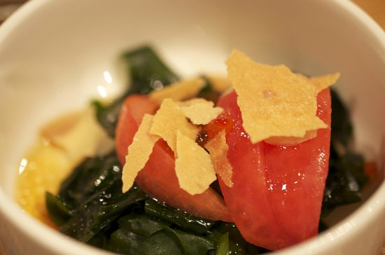 Tokoro - Robatayaki & Whisky Bar:                   Seaweed tomato salad Dried cod and keta caviar