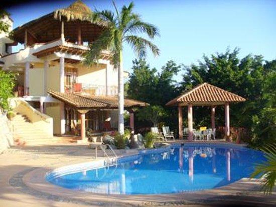 Flor Del Mar : Infinity Pool