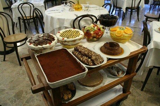 Castel d'Ario, Italie : i nostri dolci di alta pasticceria