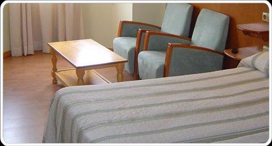 Hotel aro 39 s casas ib ez espa a ve 18 opiniones y 36 fotos tripadvisor - Hotel aro s casas ibanez ...