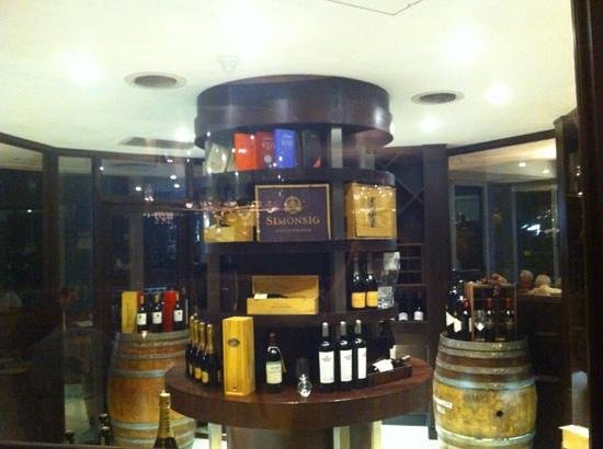 Butcher Block Steakhouse: Great selection of South African wins of the highest quality
