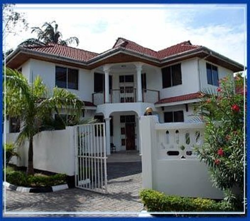 Keys Hotels Limited _ Uru Road Photo