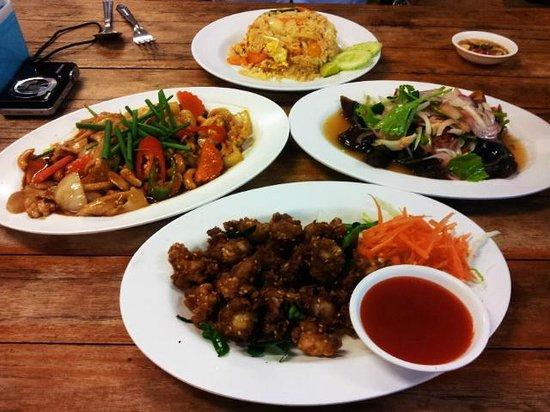 Kao Tom Por Peang :                   Yummy!!!!!!!!! what a fantastic dinner ^_^