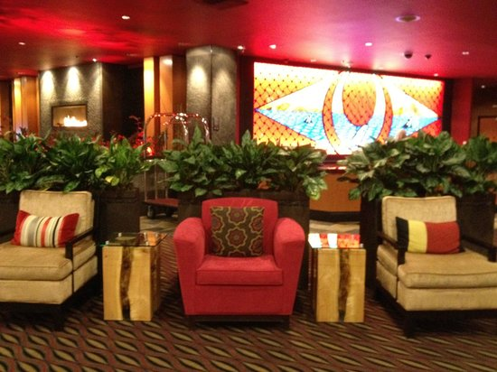 Tulalip Resort Casino:                   Sitting area by front desk