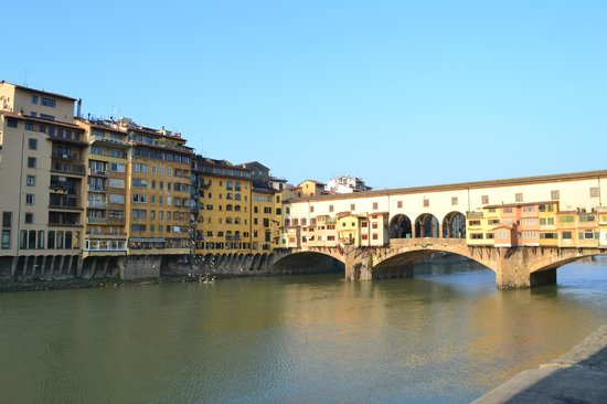 Ponte Vecchio:                   di giorno