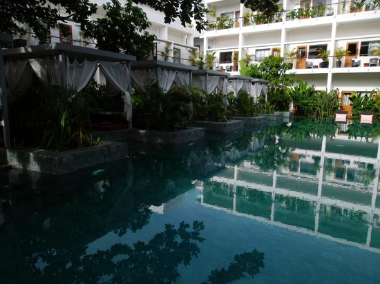 The Plantation Urban Resort and Spa:                   Refreshing Pool, Nice Shade