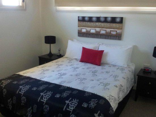 Maleny Grove:                   Bedroom