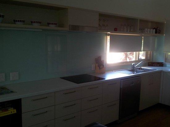 Maleny Grove:                   Kitchen