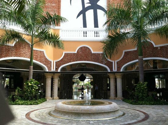 Iberostar Grand Hotel Bavaro:                   Entrance