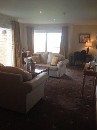 Radstone Hotel:                   Harris Suite