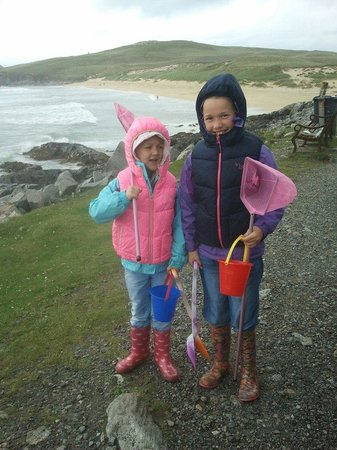 Am Bothan Bunkhouse:                   ready for the beach in harris!