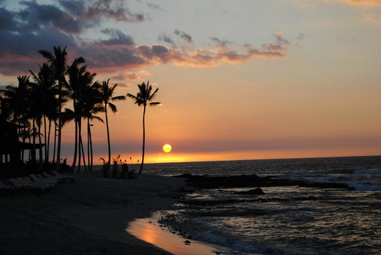 Four Seasons Resort Hualalai:                   Sunset