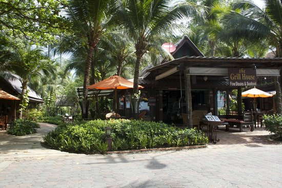 Rabbit Resort:                                     Entrance from beach with restaurant/bar to right