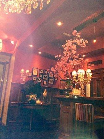Hotel Estherea:                   lobby bar