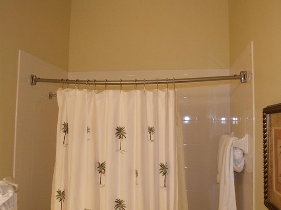 Reunion Resort of Orlando:                   Villa 1 bathroom