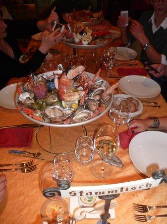 Hotel Restaurant les Pins : Nos plateaux de fruits de mer