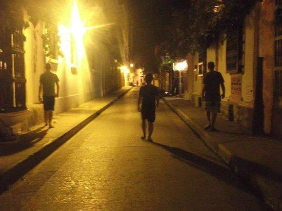 Casa Nativa Hostal:                   Ciudad Amurallada