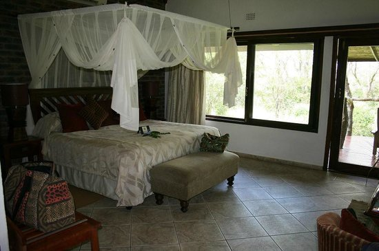 Idube Private Game Reserve Lodge:                   Idube