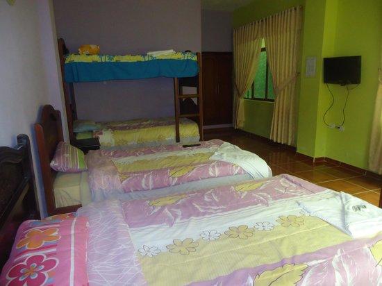 Hotel & Spa Nuevobaños: abitacion quintuple