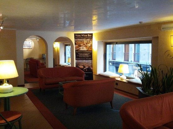 โรงแรมพิตติ พาเลส อัล ปอนเต เวคคิโอ:                   Saletta relax