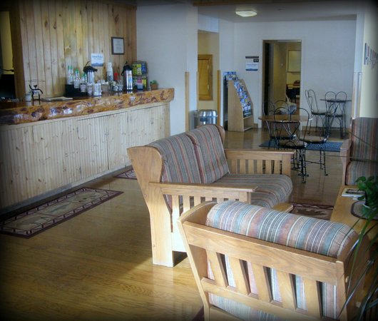 Montana City, MT: Elkhorn Mountain Inn Lobby
