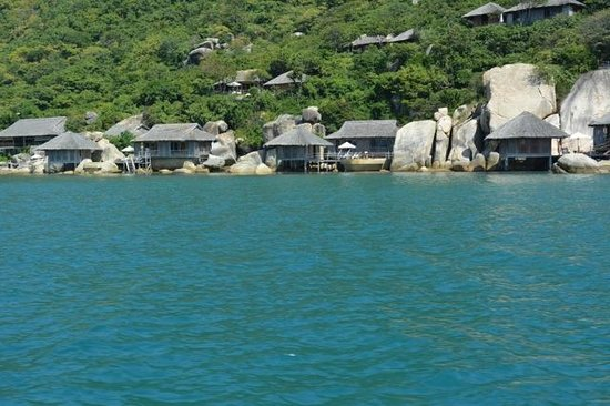 Six Senses Ninh Van Bay:                                     4