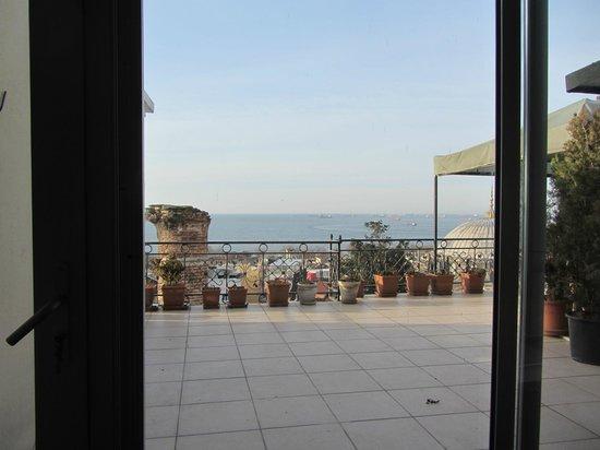 Ada Hotel Istanbul:                   Roof Top Breakfast