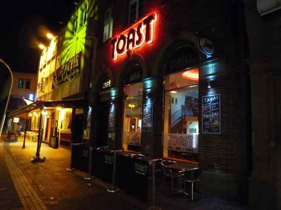 ToasT Cafe Bar & Grill Restaurant Blackpool:                                     Outside on a cold February evening. Toast is centrally locat