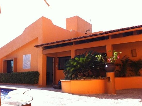 Villas Miramar:                   La Casita, Entrance