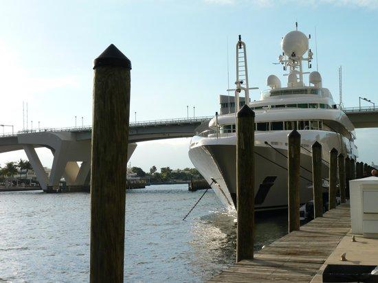 Hilton Fort Lauderdale Marina:                   Walkway