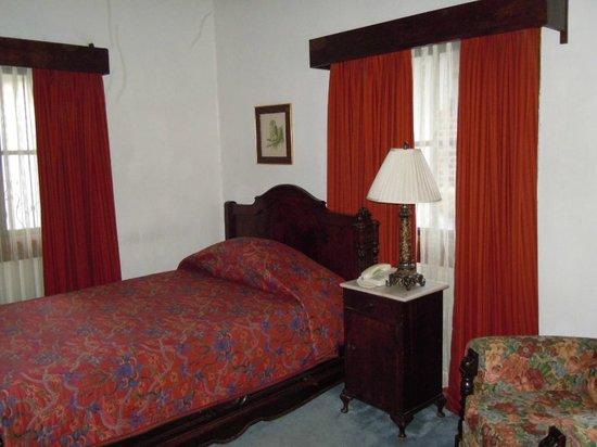 Hotel Dos Mundos:                   Chambre