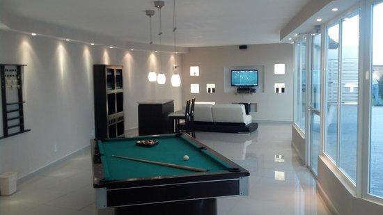 City Express Suites Toluca: Sala de Recreación