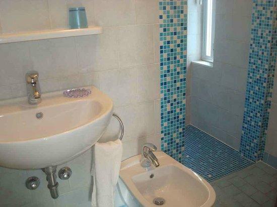 Particolare Di Bagno Con Box Doccia Foto Di Hotel Villa