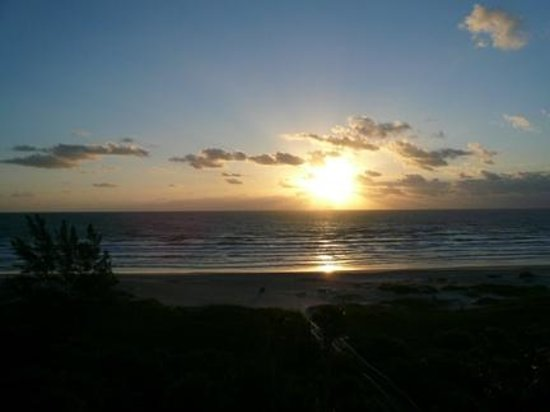 DoubleTree by Hilton Hotel Cocoa Beach Oceanfront:                   Another great sunrise from our room