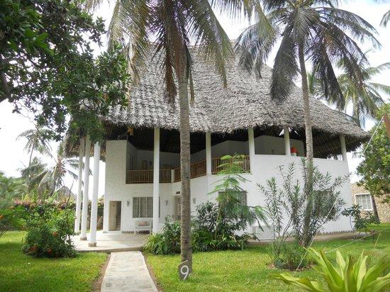 Kola Beach Resort:                   camera dall'esterno