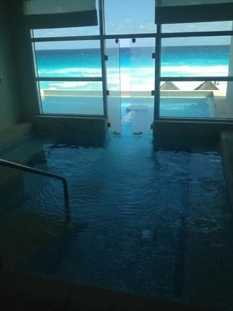 ME Cancun:                   spa